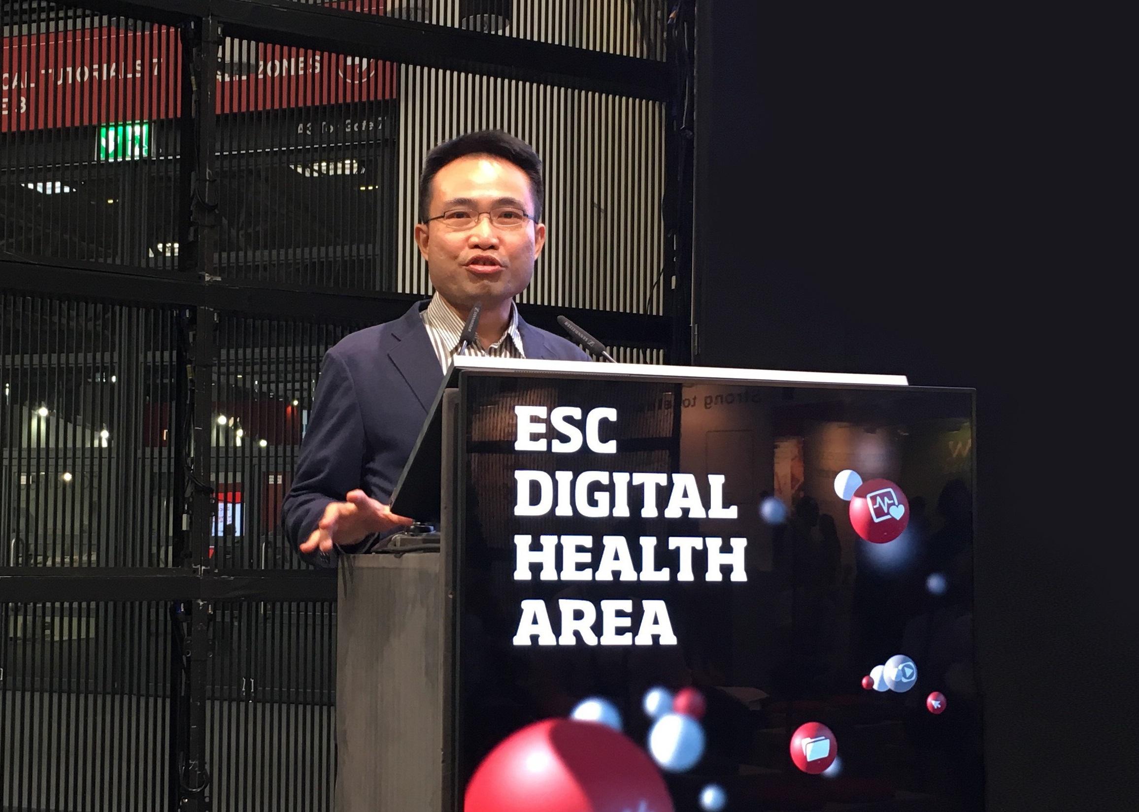 Bach Chen auf dem ESC Congress in München